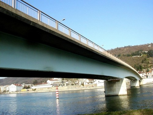 pont_de_saint_vallier_sur_le_rhone_ensemble_2.jpg
